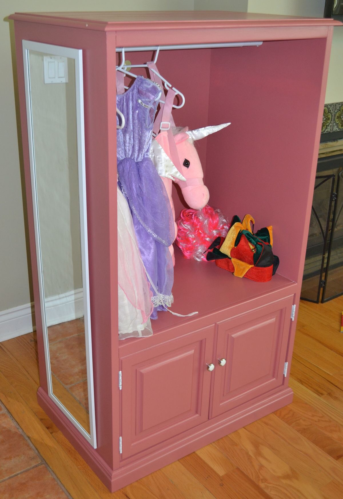 The DIY Version Is To Use An Old Dresser Or TV Unit To Turn It Into A  Little Girls Dream Dress Up Closet. But After Pricing Out A Closet Rod,  Paint, ...